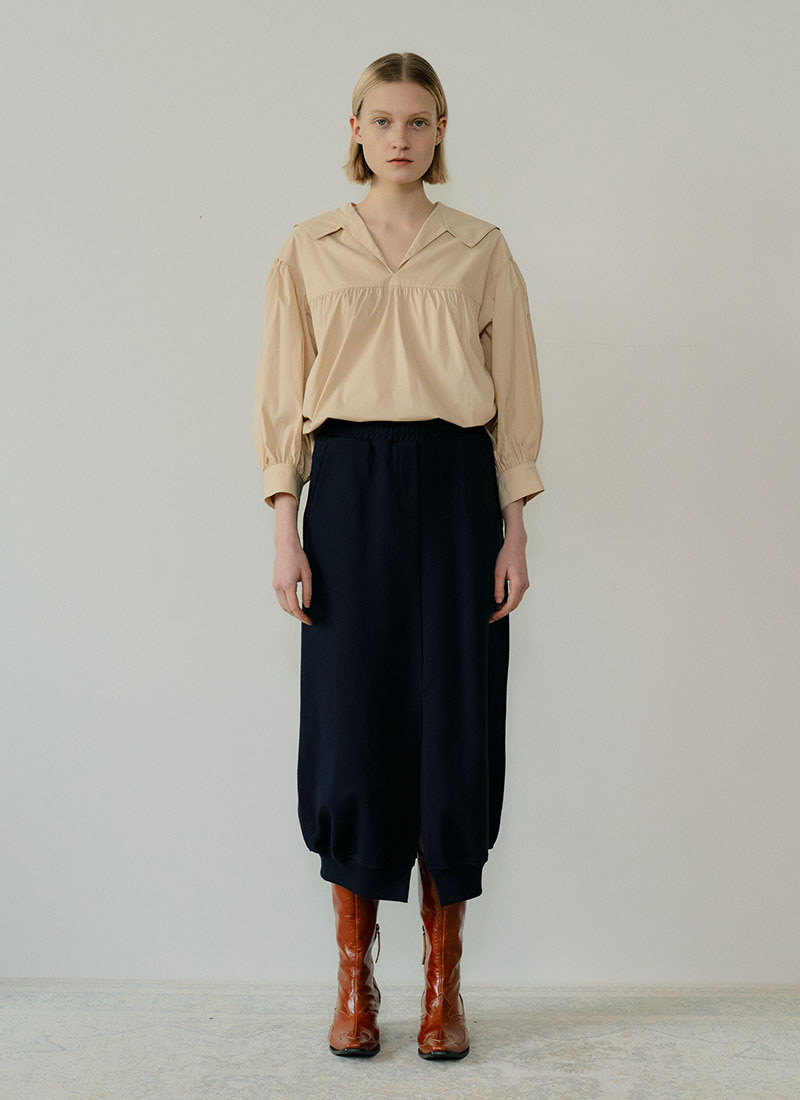 *금새록 착용* SHIRRING BLOUSE - IVORY