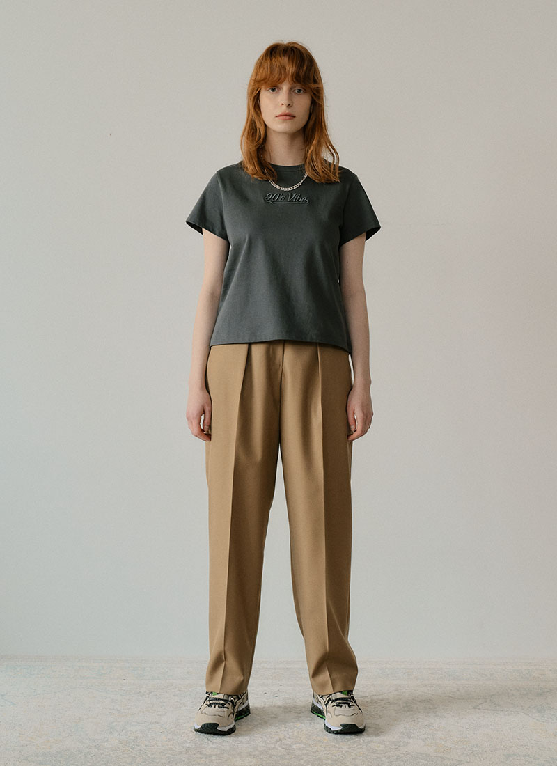STRAIGHT TUCK PANTS - CAMEL